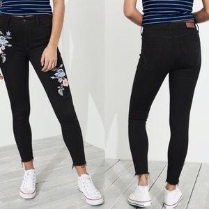 Hollister Jeans   Highwasted Cut Off Denim
